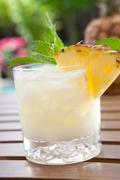 Acapulco Ingredients •1 oz. tequila •1 oz. clear rum •2 oz. pineapple juice •1 oz. grapefruit •1 oz. coconut milk •Sprig of mint (garnish) Preparation Shake all ingredients with ice and strain over ice in a rocks glass. Garnish with a sprig of mint.