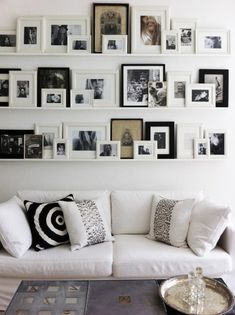 what wilson wants...: ( Gallery Wall Ideas )......love the pillows