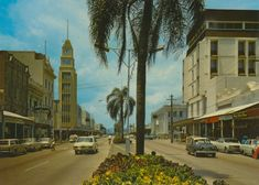 1971 - Flinders Street, Townsville | Queensland Places Photographs, Street View, Australia, History, Places, Historia, Photos, Lugares, Cake Smash Pictures