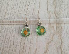 Boucles d'oreilles Argent 925 perles de verre filé au chalumeau vert avec murrine : Boucles d'oreille par auverredoz