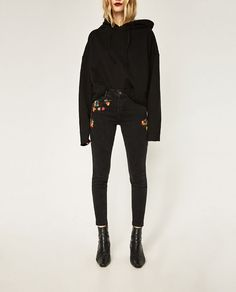 ZARA - WOMAN - MID RISE EMBROIDERED SKINNY JEANS