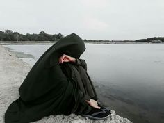 Hijab Niqab, Muslim Hijab, Hijab Chic, Mode Hijab, Hijab Outfit, Arab Girls Hijab, Muslim Girls, Hijabi Girl, Girl Hijab