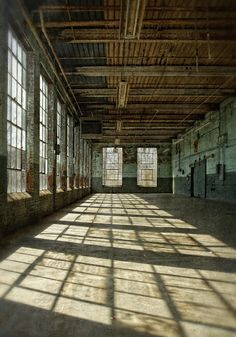 Interior of Glencoe Mill, an old cotton mill near Burlington, North Carolina, photographed by Dan Routh, how neat would it be to turn this into a house? Abandoned Houses, Abandoned Places, Old Houses, Industrial Architecture, Architecture Details, Loft Ny, Warehouse Design, Warehouse Living, Abandoned Warehouse
