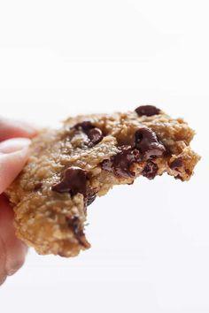 Healthy 2-Ingredient Breakfast Cookies |https://cafedelites.com