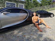 Ronaldo Cristiano Cr7, Cristiano Ronaldo Wallpapers, Cristano Ronaldo, Selena Gomez Number, Juventus Players, Thing 1, Billionaire Lifestyle, Bugatti Chiron, Men With Street Style