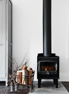 'Minimal Interior Design Inspiration' is a weekly showcase of some of the most perfectly minimal interior design examples that we've found around the web - all Interior Design Examples, Interior Design Inspiration, Inspiration Boards, Style At Home, Stove Fireplace, Black Fireplace, Cosy Fireplace, Cottage Fireplace, Fireplace Ideas