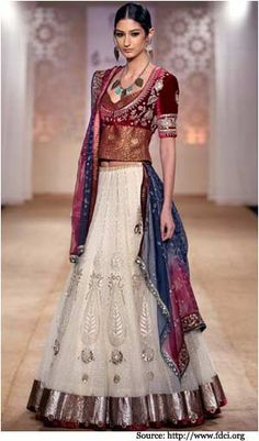 Browse through Anju Modi Indian wedding dresses and lehenga collection at MyShaadi. Find the perfect wedding dress by Anju Modi Indian Fashion Designers, Indian Designer Wear, Indian Bridal Wear, Indian Wear, Ethnic Fashion, Asian Fashion, India Fashion Week, Fashion Weeks, Indian Dresses