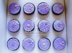 Purple Cupcakes :) No source Purple Cupcakes, Desserts, Color, Tailgate Desserts, Deserts, Colour, Postres, Dessert, Plated Desserts