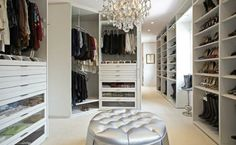 Fabulous Walk-In Closets to Make your Bedroom Interior More Organized   Discover more: http://masterbedroomideas.eu/
