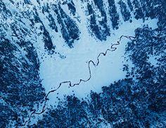 I più bei fiumi americani: Fiume Snake, Wyoming Fotografia di Michael Melford, National Geographic con il supporto aereo di Lightawk  Il fiume Snake nasce nella foresta nazionale di Bridger-Teton, in Wyoming ed è uno dei fiumi più lunghi del nord America. Dei suoi 1670 chilometri di lunghezza, 623 sono protetti dal 2009. www.tripaz.net/stati-uniti