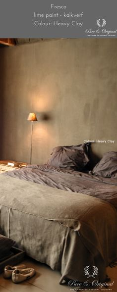 Looking for the best atmosphere for your bedroom? Use the Fresco lime paint, a mine Fresco, Gypsy Bedroom, Salons Cosy, House Paint Color Combination, Lime Paint, Grey Home Decor, Paint Colors For Home, Textured Walls, House Painting