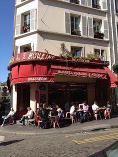 Cafe Les Deux Moulins  (Amélie) Paris via flickr