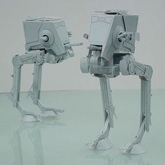 This Star Wars papercraft is an All Terrain Scout Transport AT_ST, a bipedal walker used by the Galactic Republic.     Download this paper model at Biglobe ...