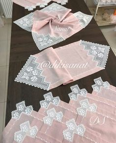 Table Runners, Bedroom Decor, Crochet, Womens Fashion, Model, Silk, Friends, Embroidery