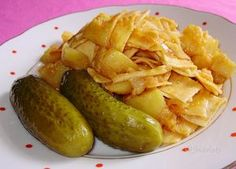 """Granadír"" - favorite Slovak dish - potatoes with paprika and pasta Slovak Recipes, Czech Recipes, Hungarian Recipes, Russian Recipes, Meat Recipes, Cooking Recipes, Ethnic Recipes, Eastern European Recipes, Good Food"