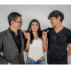 To the Left.. To the LEFT. Everything you own is towards your LEFT!! #Jadine #Repost @johnnydls68 ・・・ Thank you for the #fridatewithjadine CCM visit! Drop by anytime! #onthewingsoflove #otwol catch the premiere this aug10! #fujifilm_xseries #fujixt1