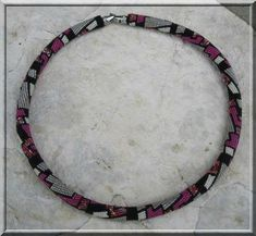 abstract3 - collier avec grille