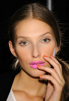 Best Spring 2012 Makeup Trends for Every Age