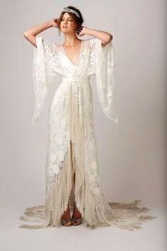 Boho Wedding Cupcakes Bridesmaid Dresses fabulous and freakily addictive fringe dresses fringe wedding dress boho gypsy and boho Boho Gypsy, Bohemian Bride, Vintage Bohemian, Boho Hippie, Fringe Wedding Dress, Fringe Dress, Dress Lace, Lace Kimono, Wrap Wedding Dress