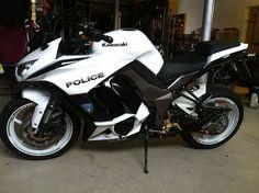 Naked Via Riicaardo Augustoo Kawasaki Z1000 SuperbikeLove