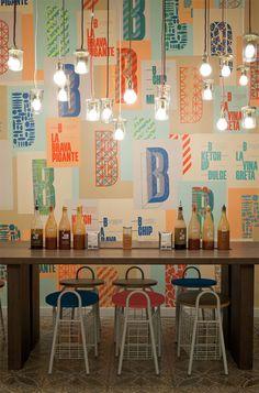 Bacoa restaurant - pendant lamps and walls