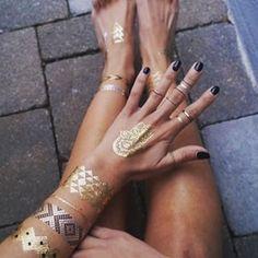 Sommerens Trend! Perfekt for festivaler, stranden og andre sommer begivenheter! #flash_tattoo #flashtattoonorge #norge