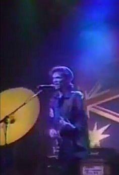 Stage Lighting Design, Outdoor Stage, Rock Artists, Best Rock, David Bowie, Touring, Concert, Life, Concerts