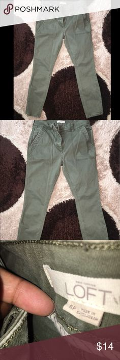 "🌸 LOFT skinny crop sage ankle pants Ann taylor loft Size 6p Skinny crop pants, sage color, soft material, inseam 26"", rise 10"", cuff 5"" LOFT Jeans Ankle & Cropped"