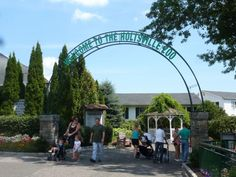 An Ecology Center on Long Island, NY: Holtsville Ecology Center