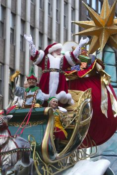 Christmas in New York | Santa ~ Macy's Day Parade #Christmas #nyc #ny