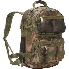7220c13c1fc8 Everest Oversize Woodland Camo Backpack