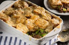A simple Leek, potato and minced beef bake recipe for you to cook a great meal for family or friends. Buy the ingredients for our Leek, potato and minced beef bake recipe from Tesco today.