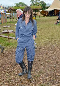 Wellies Rain Boots, Daisy Lowe, Working Woman, Hunter Boots, Shirt Dress, Jumpsuits, How To Wear, Shirts, Dresses