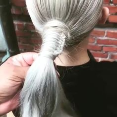 Discover recipes, home ideas, style inspiration and other ideas to try. Pretty Hairstyles, Girl Hairstyles, Braided Hairstyles, Medium Hair Styles, Curly Hair Styles, Natural Hair Styles, Hair Videos, Top Videos, Hair Upstyles