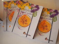 Supersmoothiet mangosta mustikkaan