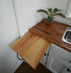 Why spend money you dont have to. I have to learn how to make this.  http://profitable-woodworking.digimkts.com/ Wow I can do this myself.  Cannot believe I made this  Sharing   diy tiny homes small houses  !!  http://teds-woodworking.digimkts.com/