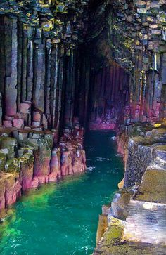 Columnar basalt on the icelandic coast