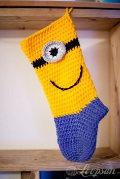 Minion-inspired Christmas Stocking By San - Free Crochet Pattern - (loopsan) Crochet Stocking, Stocking Pattern, Crochet Gifts, Crochet Socks, Crochet Yarn, Free Crochet, Minion Christmas, Christmas Sock, Christmas Gifts