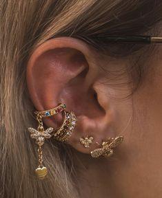 Green ear cuff No piercing earrings Elven ear jewelry Wire ear wrap Non pierced ear cuff Conch cuff Elf earring - Custom Jewelry Ideas Bar Stud Earrings, Moon Earrings, Cartilage Earrings, Diamond Earrings, Triangle Earrings, Diamond Jewelry, Cartilage Hoop, 14k Earrings, Jewellery Earrings