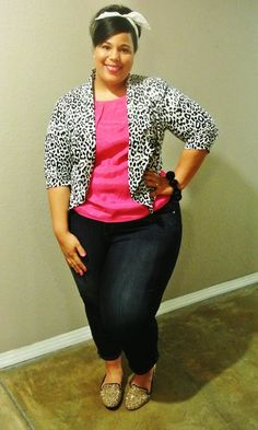 The Curvy Girl Guide - I wish I had her budget, wardrobe, and confidence.