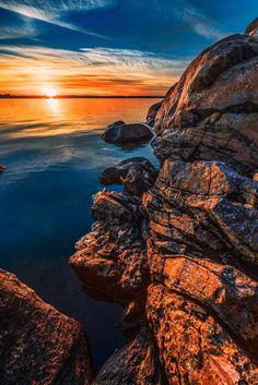 Golden sunset (by Alexej Mecheriakov)  #Beautiful #Places #Photography