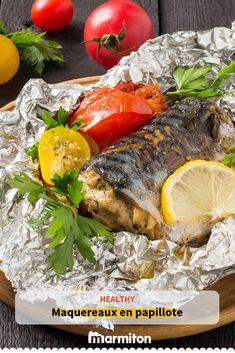 Mackerel my method (papillote)- We love this wholesome and well being.- Mackerel my method (papillote)- We love this wholesome and wholesome recipe of fish in … - - Fish Recipes, Meat Recipes, Healthy Recipes, Healthy Eating Tips, Healthy Nutrition, Chicken Dishes For Dinner, Cooked Chicken Recipes, Restaurant Menu Design, Vegan Recipes