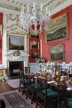 Castle Howard interior | Castle Howard Interior | Flickr - Photo Sharing! Love the red with the ocean colors and gold, white trim