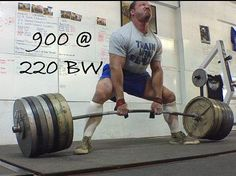This video/picture guide details, step-by-step, in extraordinarily thorough detail how to perform the deadlift to move maximum poundages for powerlifting. Bodybuilding Pictures, Bodybuilding T Shirts, Bodybuilding Training, Bodybuilding Motivation, Men's Bodybuilding, Powerlifting Training, Powerlifting Motivation, Fitness Motivation, Barbell Deadlift