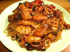 Receta de Fideos Chinos con Pollo y Almendras