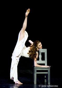 "Ballet~is~the~universal~language, jrusevich: Svetlana Zakharova ""Revelation"" . Shall We Dance, Lets Dance, Bolshoi Ballet, Ballet Dancers, Bolshoi Theatre, Dance Photos, Dance Pictures, Ballet Dance Photography, Paris Opera Ballet"