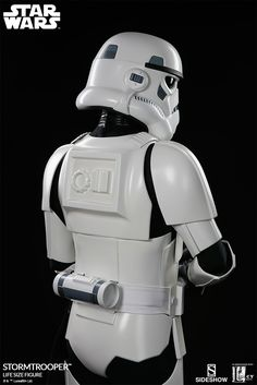 Star Wars Stormtrooper Life-Size Figure by Sideshow Collect Life Size Statues, Star Wars Episode Iv, Star Wars Images, Star Wars Ships, Star Wars Fan Art, Star Wars Collection, Clone Trooper, Sideshow Collectibles, Iconic Characters