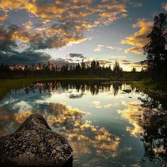 Guldgul kant på molnen #igsweden #lovessweden #breathtakingviews #ig_great_pics #igscandinavia #stfgrövelsjön #grövelsjön #dalarna #swedenshots #sweden #flyfishing #outdoors #greatday #älvdalen #visitsweden #natgeo