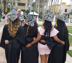 Graduation 2017 Nursing Graduation, Graduation Caps, Diy, Dresses, Fashion, Degree In Nursing, Vestidos, Moda, Bricolage