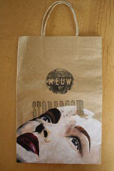 Portrait on a NEUW bag
